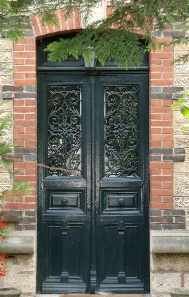 Portes anciennes double vantaux avec tierce et imposte for Porte exterieure bois vitree