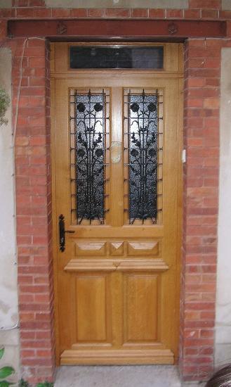 ANCIENT FRONT DOOR. RESTORE INSULATING DOOR
